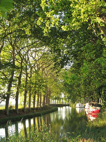 le canal du midi à Béziers dans l'herault